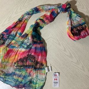 NWT//Claire's Women's Colorful Beach Pattern Scarf